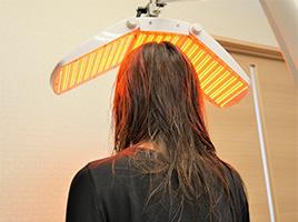 超狭帯域LED
